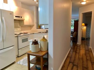Photo 3: 102 210 CARNARVON STREET in New Westminster: Downtown NW Condo for sale : MLS®# R2251837