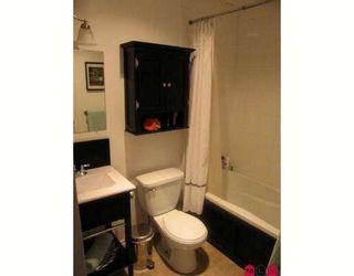 """Photo 4: 304 11816 88TH Avenue in Delta: Annieville Condo for sale in """"Sungod Villa"""" (N. Delta)"""