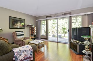 """Photo 8: 25 21138 88 Avenue in Langley: Walnut Grove Townhouse for sale in """"SPENCER GREEN"""" : MLS®# R2582937"""