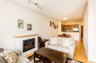 """Photo 10: 407 14 E ROYAL Avenue in New Westminster: Fraserview NW Condo for sale in """"Victoria Hill"""" : MLS®# R2280789"""