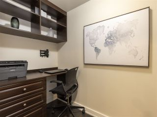 """Photo 10: 1507 1372 SEYMOUR Street in Vancouver: Downtown VW Condo for sale in """"The Mark"""" (Vancouver West)  : MLS®# R2402457"""