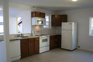 """Photo 15: 2236 E PENDER Street in Vancouver: Hastings House for sale in """"GRANDVIEW"""" (Vancouver East)  : MLS®# R2073977"""