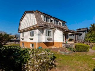 """Photo 28: 4545 W 6TH Avenue in Vancouver: Point Grey House for sale in """"Point Grey"""" (Vancouver West)  : MLS®# R2575660"""