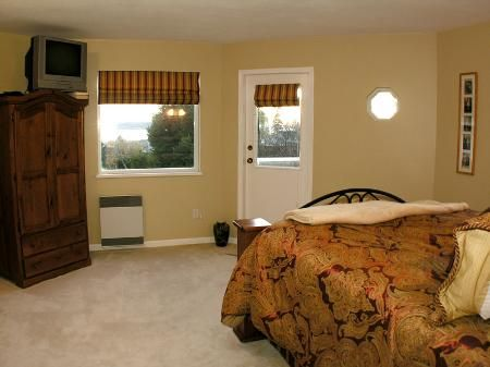 Photo 16: Photos: Ocean View in White Rock - see additional information for marketing brocure.