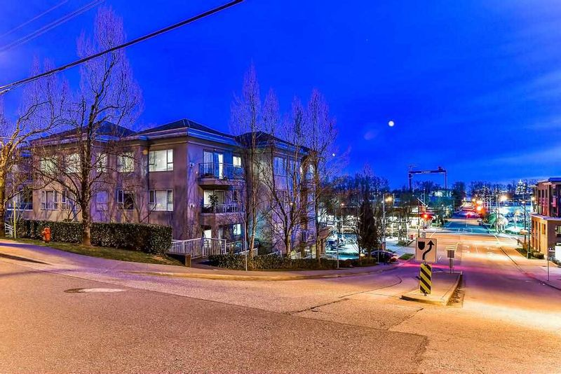 FEATURED LISTING: 303 - 1085 17 Street West North Vancouver