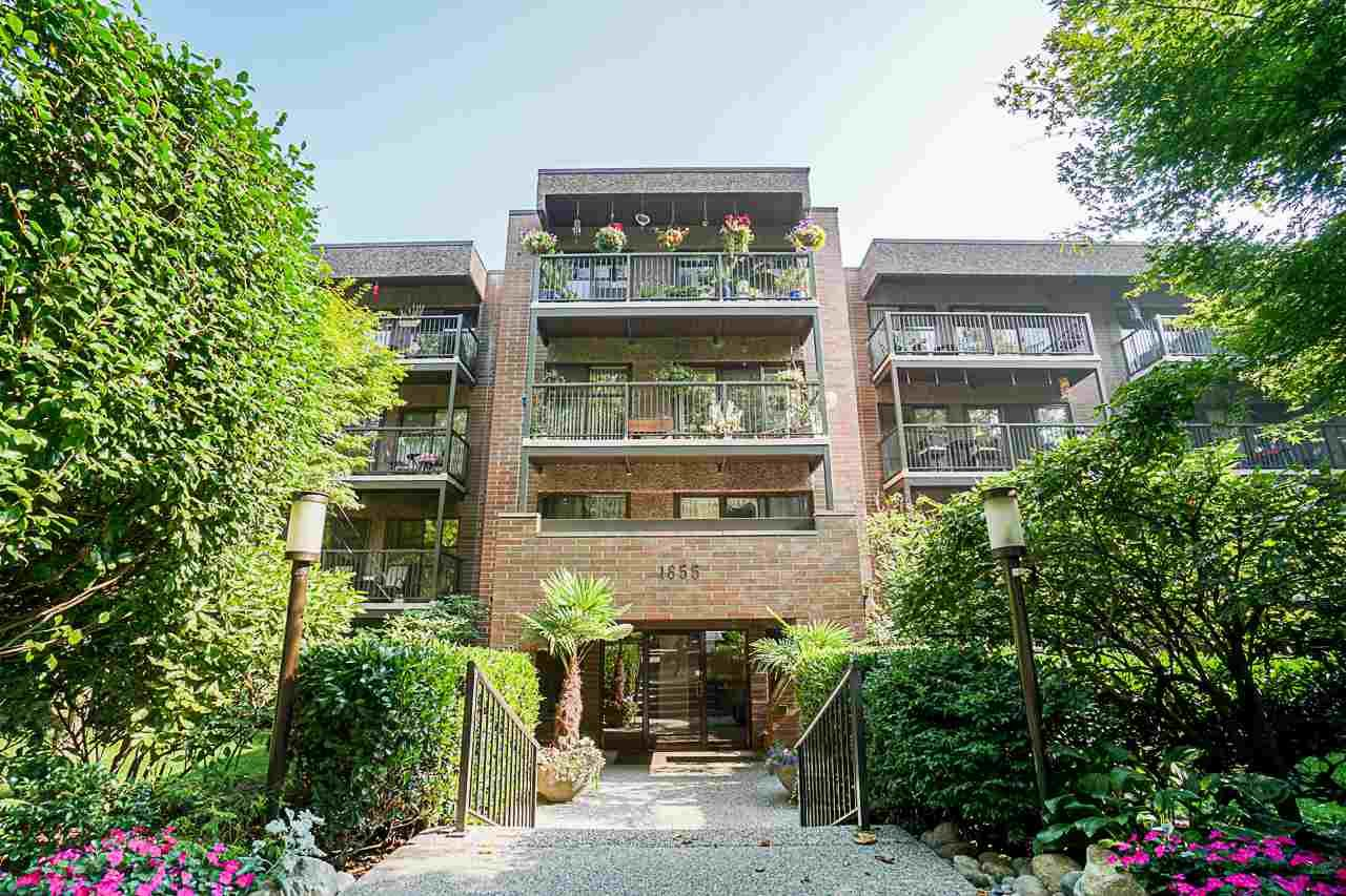 """Main Photo: 410 1655 NELSON Street in Vancouver: West End VW Condo for sale in """"Hampstead Manor"""" (Vancouver West)  : MLS®# R2513219"""