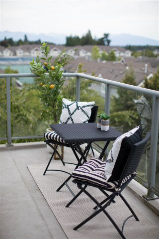 Photo 3: 405 5700 ANDREWS ROAD in Richmond: Steveston South Condo for sale : MLS®# R2196760