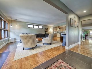 Photo 8: 2312 Sandhurst Avenue SW in Calgary: Scarboro/Sunalta West Detached for sale : MLS®# A1100127