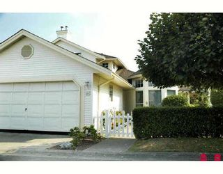 """Photo 1: 67 9208 208TH Street in Langley: Walnut Grove Townhouse for sale in """"CHURCHILL PARK"""" : MLS®# F2917386"""