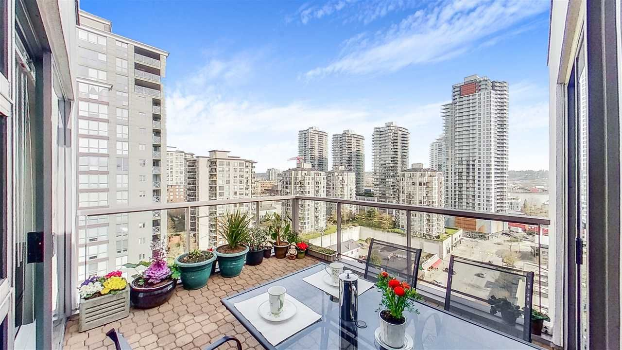 """Main Photo: PH1 98 TENTH Street in New Westminster: Downtown NW Condo for sale in """"PLAZA POINTE"""" : MLS®# R2561670"""