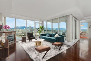 """Photo 1: 1403 1428 W 6TH Avenue in Vancouver: Fairview VW Condo for sale in """"SIENA OF PORTICO"""" (Vancouver West)  : MLS®# R2561112"""