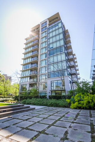 Photo 1: 1201 5955 BALSAM Street in Vancouver West: Home for sale : MLS®# V1035155