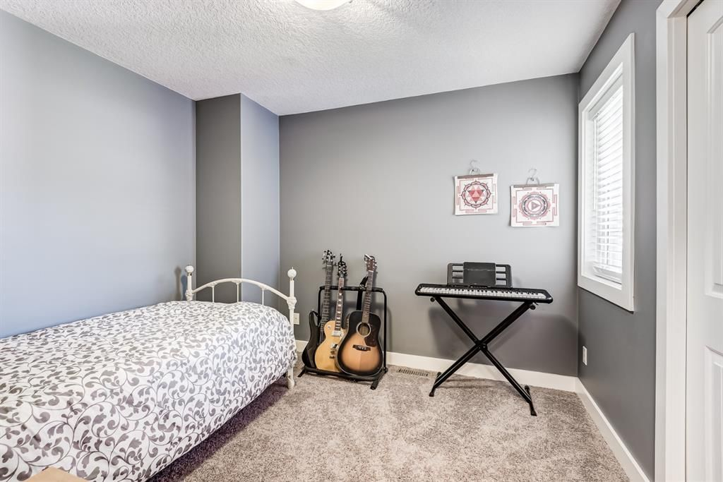 Photo 17: Photos: 503 17 Avenue NW in Calgary: Mount Pleasant Semi Detached for sale : MLS®# A1122825