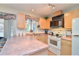 """Photo 3: 233 14861 98TH Avenue in Surrey: Guildford Townhouse for sale in """"THE MANSIONS"""" (North Surrey)  : MLS®# F1429353"""