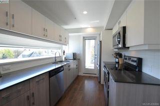 Photo 4: 401 826 Esquimalt Rd in VICTORIA: Es Esquimalt Condo for sale (Esquimalt)  : MLS®# 811790