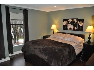 Photo 8: 492 LEHMAN PL in Port Moody: North Shore Pt Moody Condo for sale : MLS®# V1095381