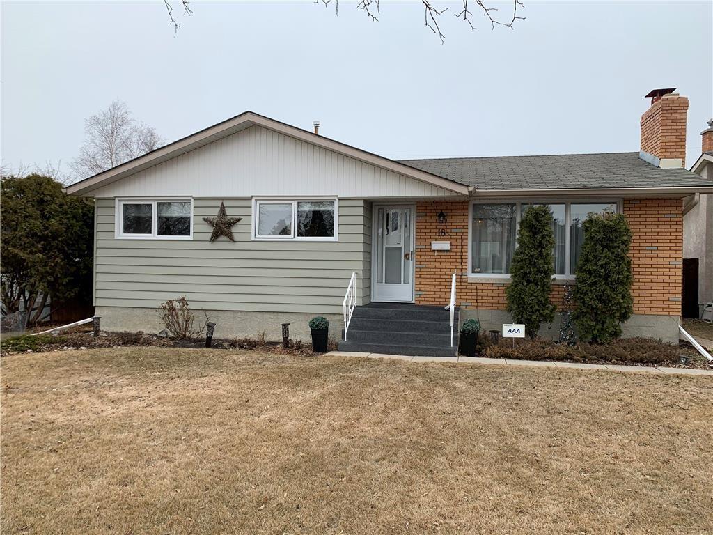 Main Photo: 18 Cameo Crescent in Winnipeg: North Kildonan Residential for sale (3F)  : MLS®# 202106998