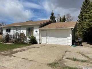 Photo 2: 410 Centre Street in Middle Lake: Residential for sale : MLS®# SK854846