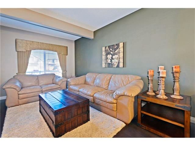 Photo 5: Photos: 186 THORNLEIGH Close SE: Airdrie House for sale : MLS®# C4054671