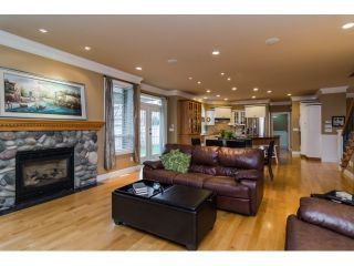 """Photo 6: 20651 96A Avenue in Langley: Walnut Grove House for sale in """"DERBY HILLS"""" : MLS®# F1432377"""