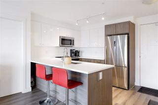 """Photo 4: 211 2525 CLARKE Street in Port Moody: Port Moody Centre Condo for sale in """"THE STRAND"""" : MLS®# R2536074"""