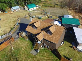 Photo 1: 3282 MacAulay Rd in BLACK CREEK: CV Merville Black Creek House for sale (Comox Valley)  : MLS®# 753672
