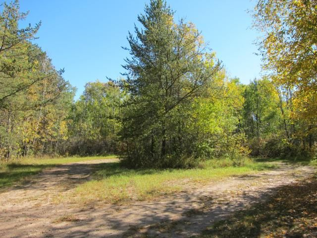 Main Photo: 16 Nancy Cove in BEACONIA: Manitoba Other Residential for sale : MLS®# 1301963