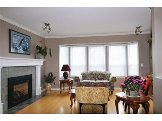 Photo 2: 22550 KENDRICK Loop in Maple Ridge: East Central House for sale : MLS®# V980344