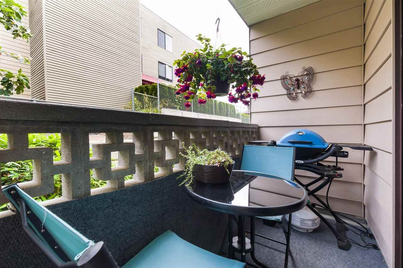 """Photo 6: Photos: 106 1442 BLACKWOOD Street: White Rock Condo for sale in """"BLACKWOOD MANOR"""" (South Surrey White Rock)  : MLS®# R2380049"""