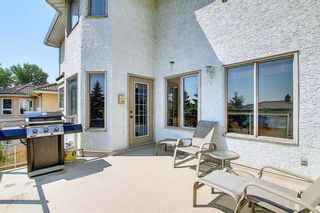 Photo 16: 111 Sirocco Place SW in Calgary: Signal Hill Detached for sale : MLS®# A1129573
