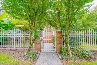 """Photo 4: 3758 CAMBRIDGE Street in Burnaby: Vancouver Heights House for sale in """"The Heights"""" (Burnaby North)  : MLS®# R2620243"""