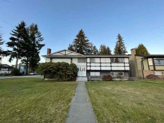 Photo 1: 1189 BRISBANE Avenue in Coquitlam: Harbour Chines House for sale : MLS®# R2522091