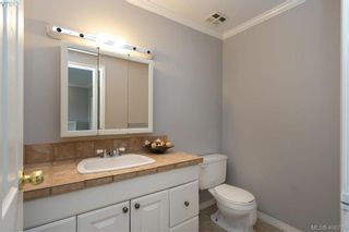 Photo 15: 19 4061 Larchwood Dr in VICTORIA: SE Lambrick Park Row/Townhouse for sale (Saanich East)  : MLS®# 808408