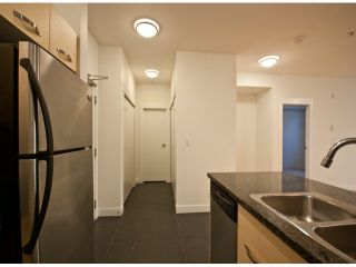 """Photo 13: 119 33539 HOLLAND Avenue in Abbotsford: Central Abbotsford Condo for sale in """"The Crossing"""" : MLS®# F1427624"""