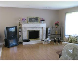 Photo 3: 11040 CAMERON Court in Maple_Ridge: Cottonwood MR House for sale (Maple Ridge)  : MLS®# V765258