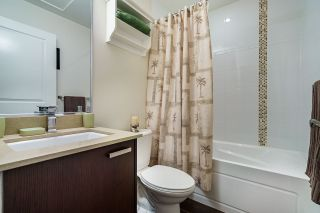 """Photo 17: 106 3382 VIEWMOUNT Drive in Port Moody: Port Moody Centre Townhouse for sale in """"LILLIUM VILAS"""" : MLS®# R2609444"""