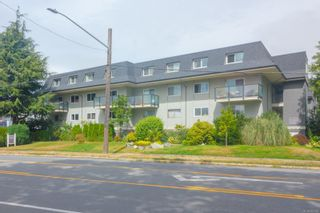 Photo 4: 1 840 Craigflower Rd in : Es Kinsmen Park Row/Townhouse for sale (Esquimalt)  : MLS®# 853668