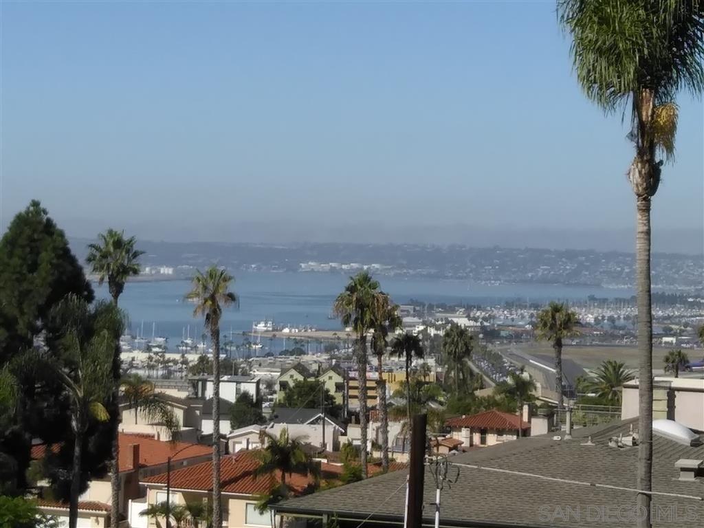 Main Photo: Condo for sale : 2 bedrooms : 230 W Laurel in San Diego