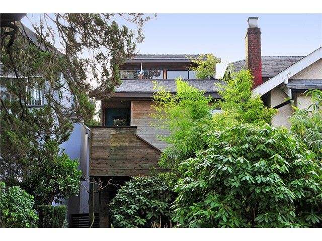 """Main Photo: 3640 W 15TH Avenue in Vancouver: Point Grey House for sale in """"POINT GREY"""" (Vancouver West)  : MLS®# V865638"""