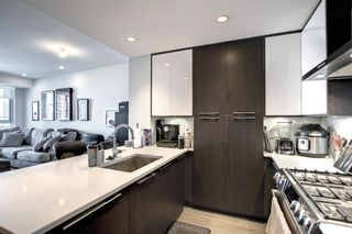 Photo 11: 1504 930 16 Avenue SW in Calgary: Beltline Apartment for sale : MLS®# A1142259