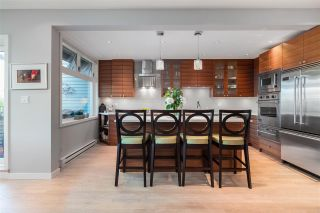 "Photo 12: 11 1620 BALSAM Street in Vancouver: Kitsilano Condo for sale in ""Old Kits Townhomes"" (Vancouver West)  : MLS®# R2484749"
