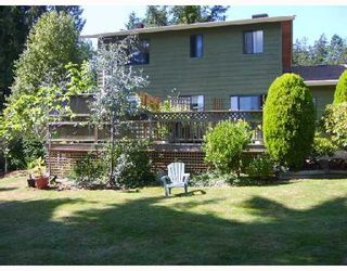 """Photo 2: 560 OCEANVIEW Drive in Gibsons: Gibsons & Area House for sale in """"WOODCREEK PARK"""" (Sunshine Coast)  : MLS®# V672375"""