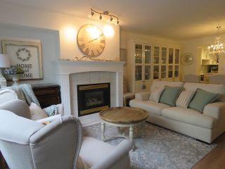 "Photo 4: 114 15555 16 Avenue in Surrey: Sunnyside Park Surrey Condo for sale in ""SANDRINGHAM"" (South Surrey White Rock)  : MLS®# R2380093"