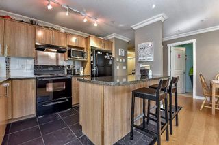 "Photo 6: 311 19388 65 Avenue in Surrey: Clayton Condo for sale in ""Liberty"" (Cloverdale)  : MLS®# R2102231"