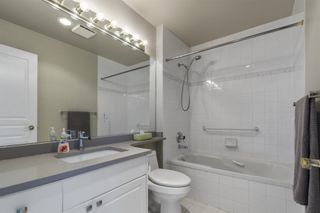 """Photo 18: 408 1745 MARTIN Drive in Surrey: Sunnyside Park Surrey Condo for sale in """"Southwynd"""" (South Surrey White Rock)  : MLS®# R2604162"""