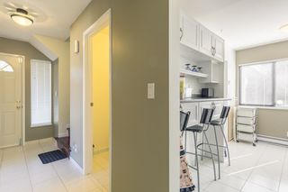 """Photo 8: 5 9080 PARKSVILLE Drive in Richmond: Boyd Park Townhouse for sale in """"Parksville Estates"""" : MLS®# R2264010"""
