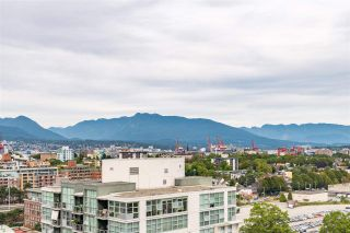 """Photo 14: 1703 1128 QUEBEC Street in Vancouver: Downtown VE Condo for sale in """"THE NATIONAL"""" (Vancouver East)  : MLS®# R2400900"""