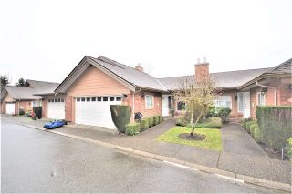 Main Photo: 25 5201 OAKMOUNT Crescent in Burnaby: Oaklands Townhouse for sale (Burnaby South)  : MLS®# R2610087