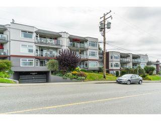 "Photo 2: 404 1220 FIR Street: White Rock Condo for sale in ""Vista Pacifica"" (South Surrey White Rock)  : MLS®# R2493236"