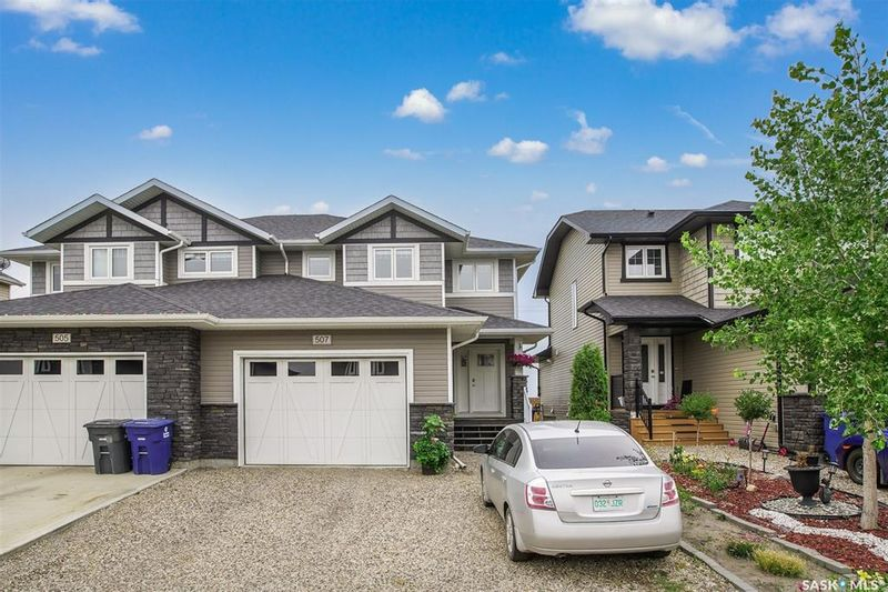 FEATURED LISTING: 507 Maple Crescent Warman